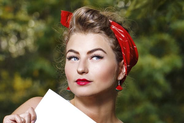 Vintage Hair Styles For Short Hair: 3 Retro Hairstyles With A Bandana