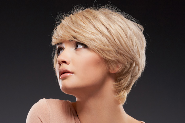 Short Hairstyles Thick Hair Round Face