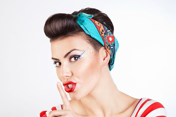 retro hairstyles updo with bandana 1