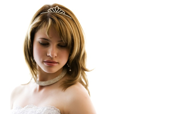 wedding hairstyle layered hair