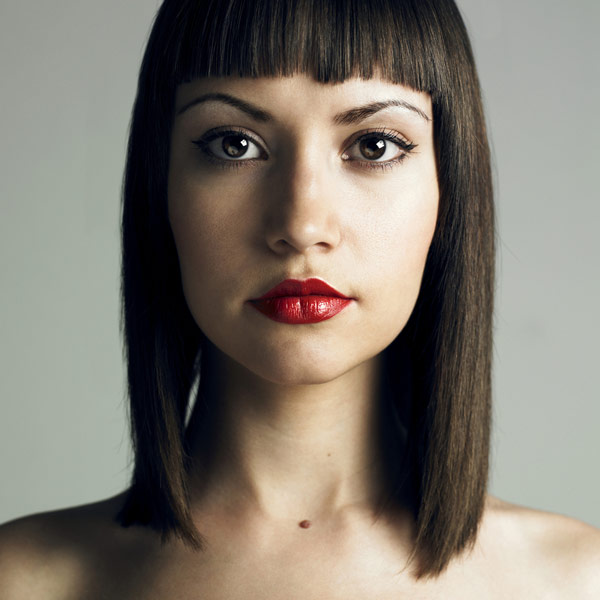 bob hairstyles blunt cut bangs medium