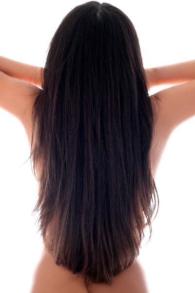 This long layered hairstyle features a deep U-shaped back, with a