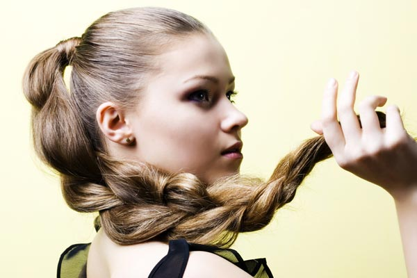 Hairstyle Halo : becomes a halo braid with the flip of a wrist. Get two hairstyles ...