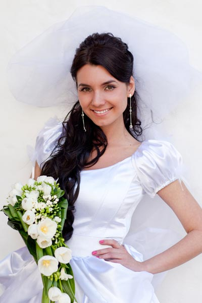 half-up-hairstyle-wedding-veil.jpg?ea5976