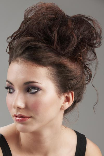 Cool 38 Quick Hairstyle For Short Hair High Bun