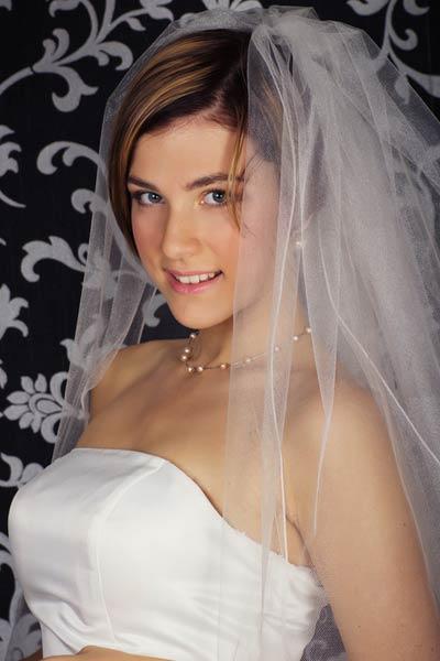 short wedding hair veil