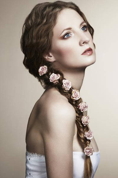 wedding hairstyle with flowers