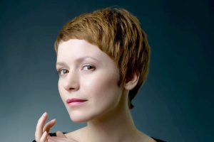pixie-haircuts-for-thick-hair