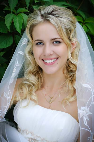 Wedding Hairstyles Down with Veil Long Hair