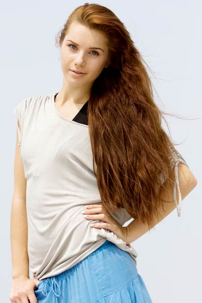 Waist Length Hair http://www.hairstylestars.com/waist-length-hair/