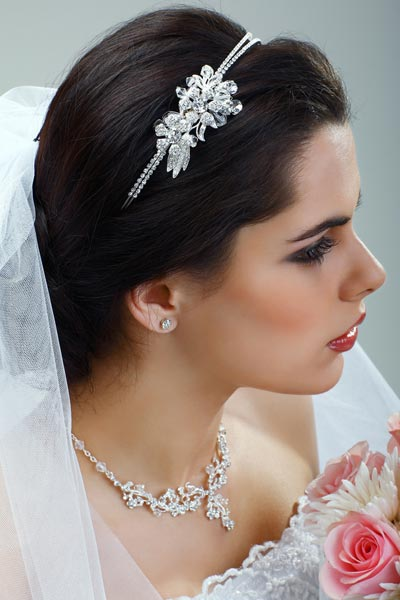 wedding-hairstyles-with-veil.jpg