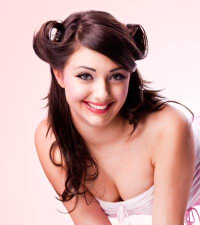 Pin-Up-Girl-Hairstyles-