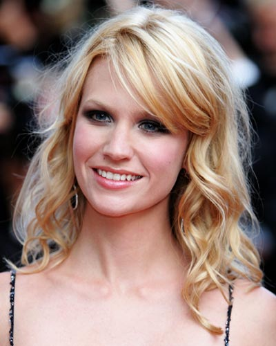 ... bangs is reese witherspoon she usually rocks wispy bangs worn forward