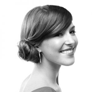 Easy-Hairstyles-with-Spin-Pins-