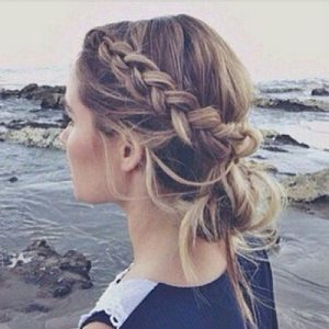5 End of Summer Hairstyles with Braids