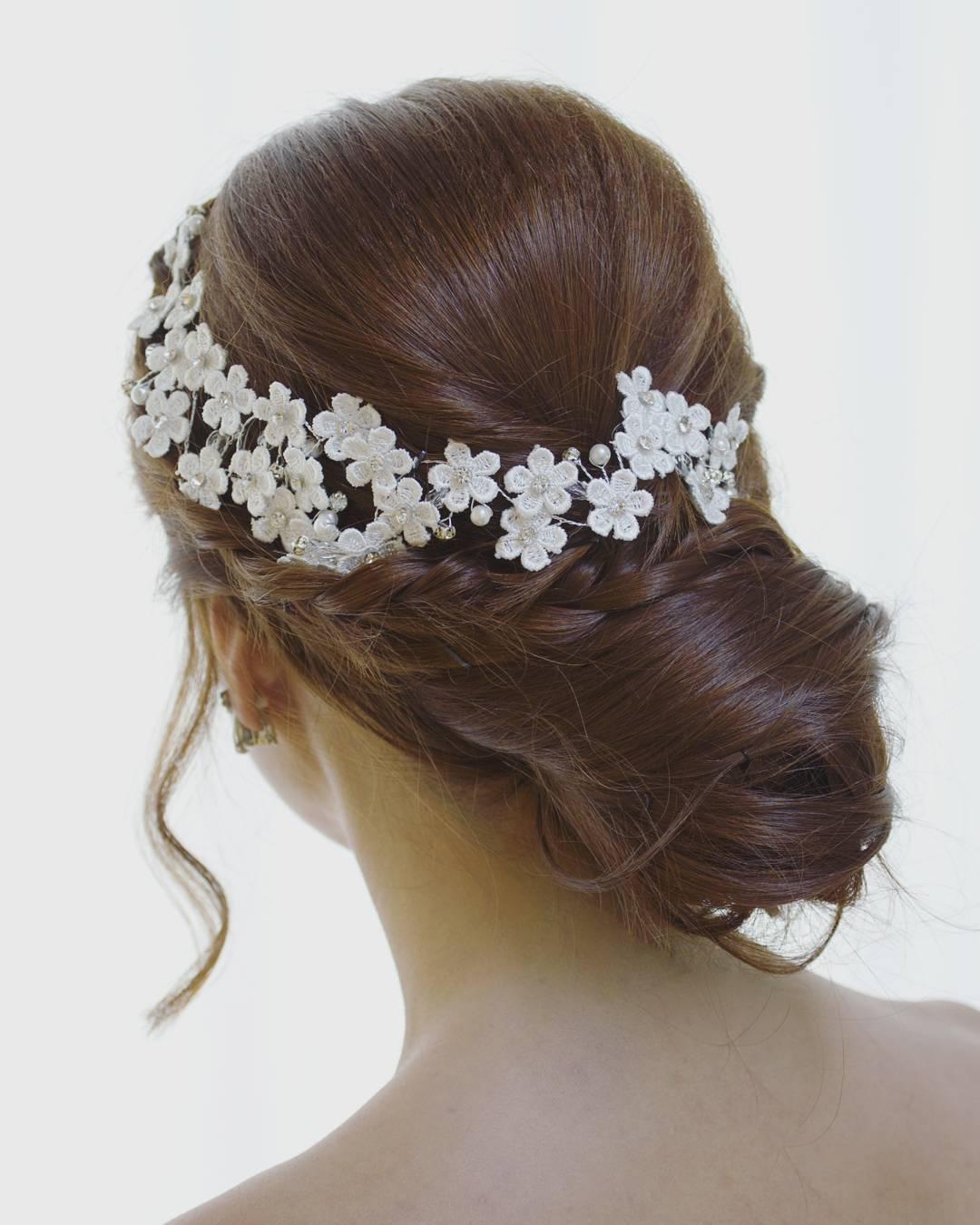charlane_yu-side-braided-hairstyle-wedding-long-hair