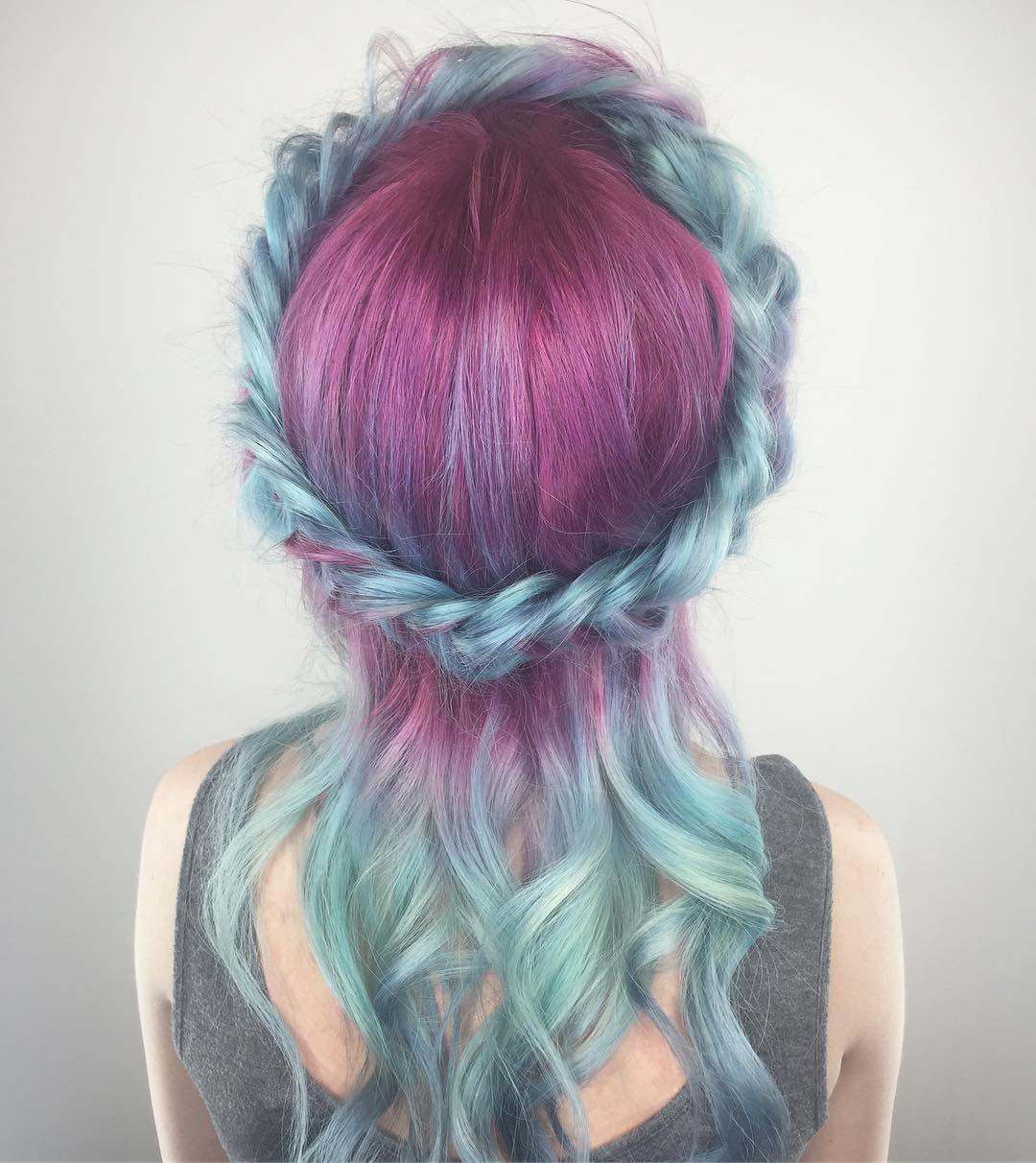 chitabeseau-unicorn-hair-crown-braid-purple-and-blue-hair-color