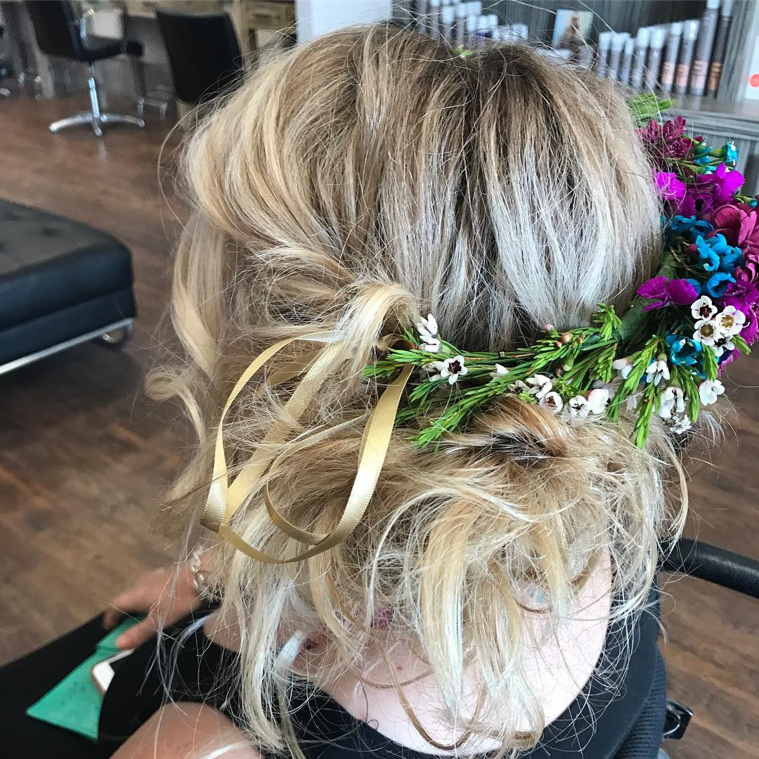 headgraffiti-boho-hairstyles-flower-crown-messy-updo