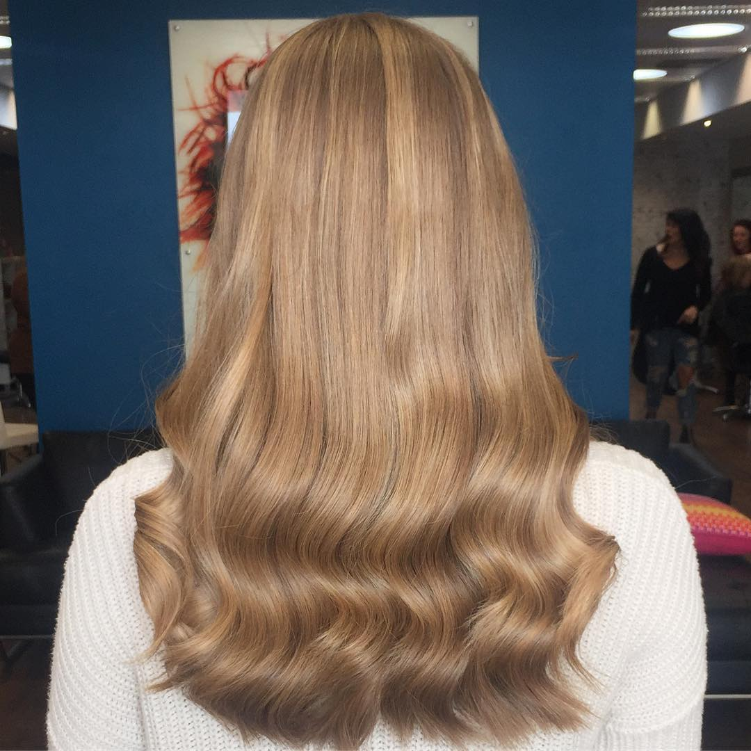 headgraffiti-low-waves-easy-hairstyles-for-long-hair