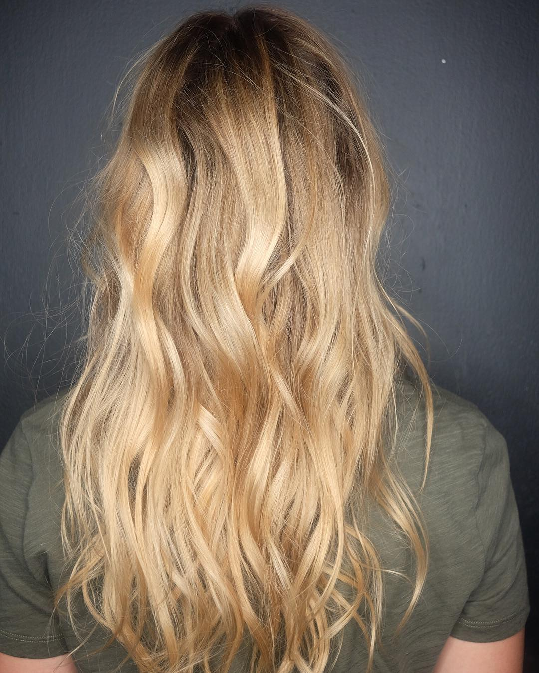 leahhofffhair-long-layered-hairstyle-natural-back