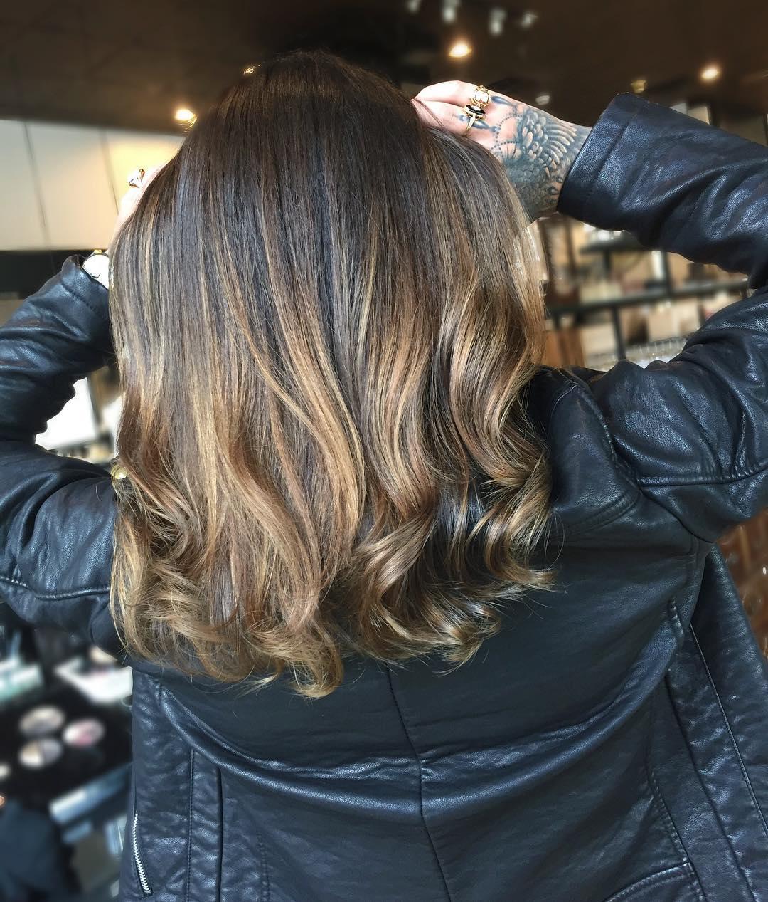 mikeyyyyyyy_-long-hair-with-curls